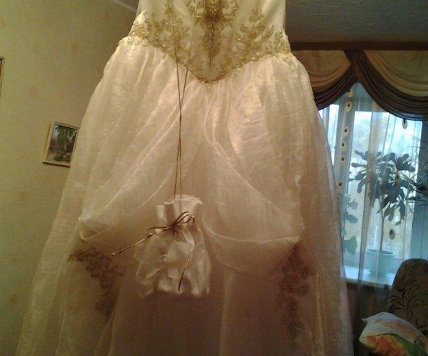 Платье свадебное. Фото 2. Северск.