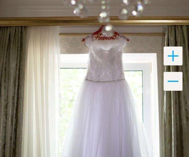 Изысканное свадебное платье. Фото 1. Псков.