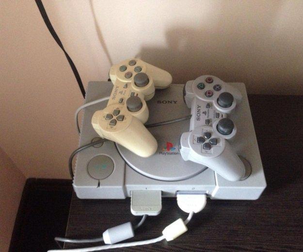 Sony playstation 1. Фото 1.