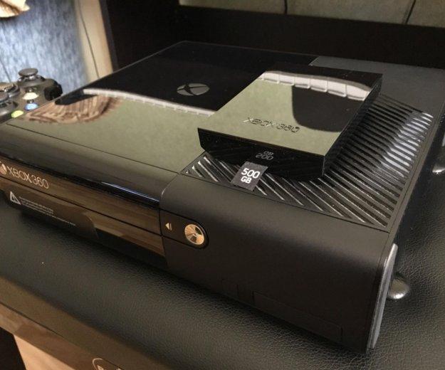 Xbox 360 e 500 gb. Фото 2.