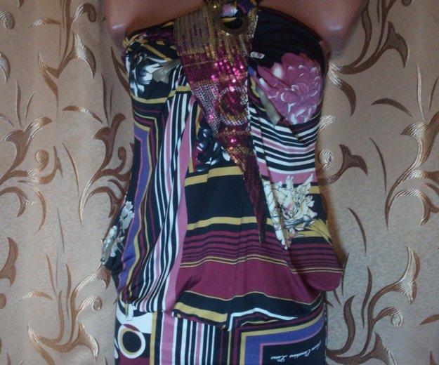 Сарафаны с цветочным принтом и пайетками. Фото 1. Евпатория.