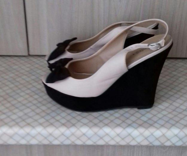 Обувь женская. Фото 1. Стройкерамика.
