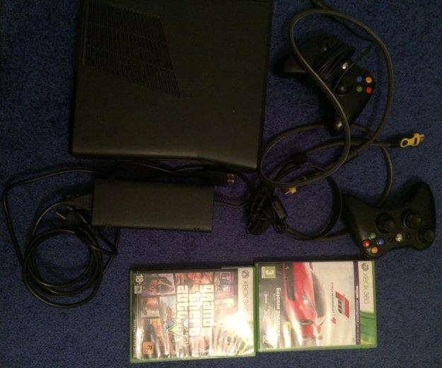 Xbox 360 250gb. Фото 4.