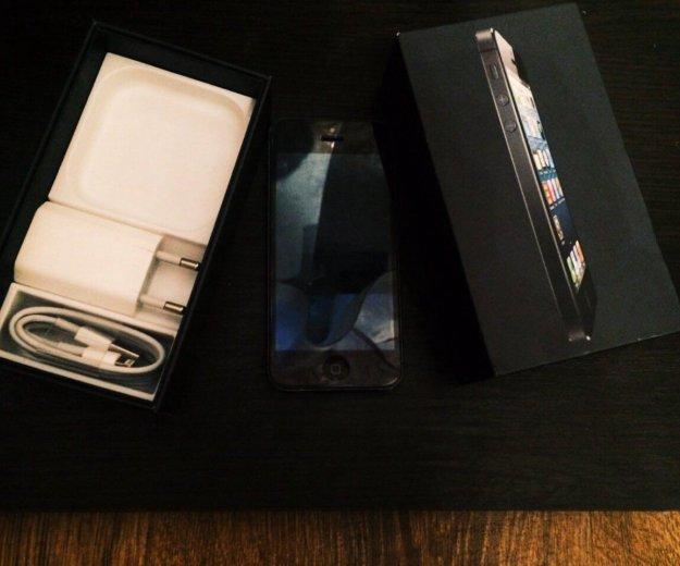 Айфон 5 на 16. Фото 1.