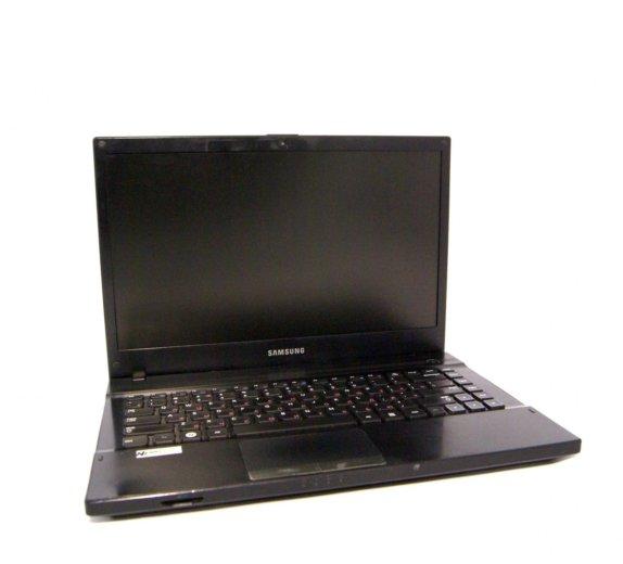 Ноутбук samsung np300v4a. Фото 1. Новосибирск.