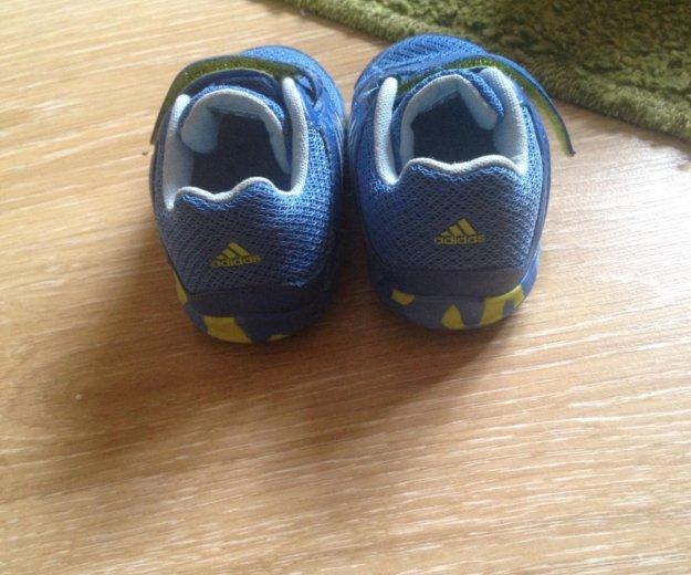 Кроссовки для малыша adidas. Фото 2. Москва.