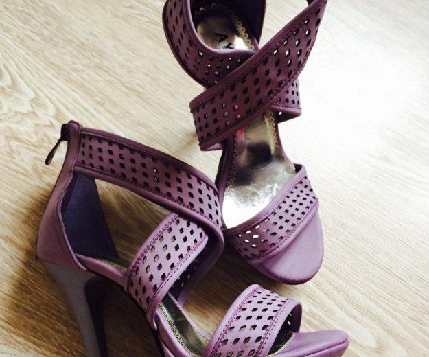 Обувь. Фото 1. Сочи.