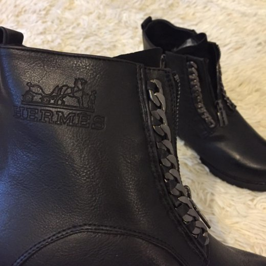 Зимние ботинки hermes в наличии. Фото 3.
