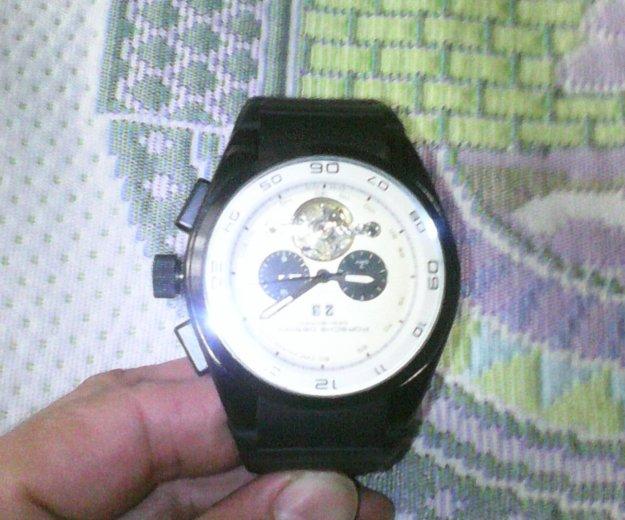 Продаю часы porsche design. Фото 1. Ульяновск.