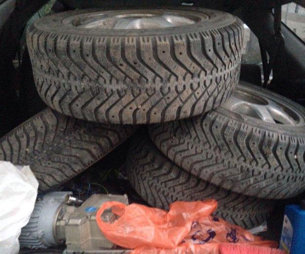 Колеса( диски с шинами) зима. Фото 4.