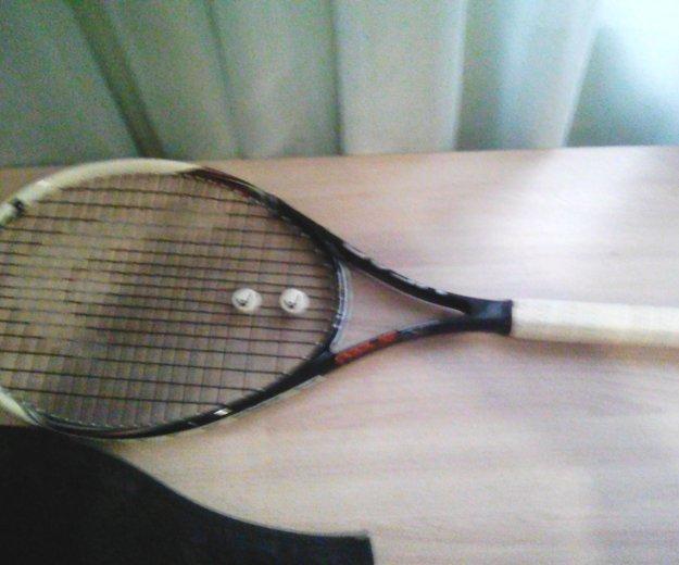 Тенисная ракетка. Фото 2. Казань.