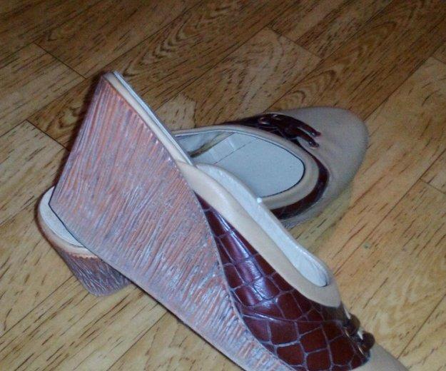 Обувь бесплатно. Фото 2. Химки.