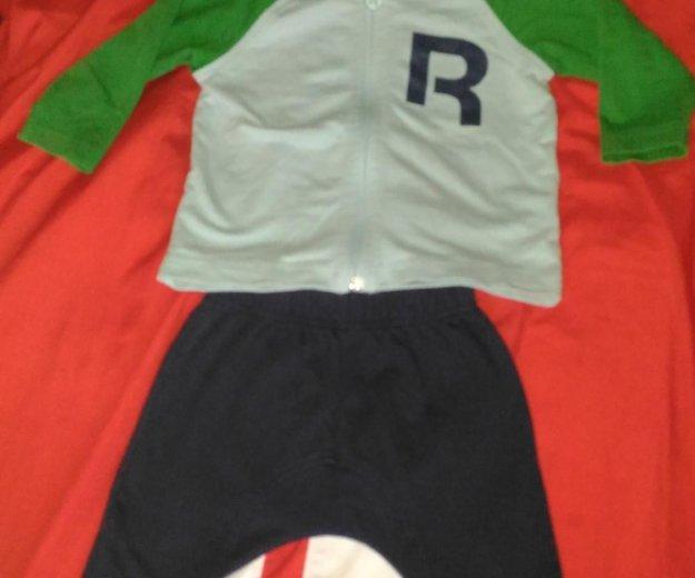 Детский костюм reebok 9-12месяцев. Фото 1.