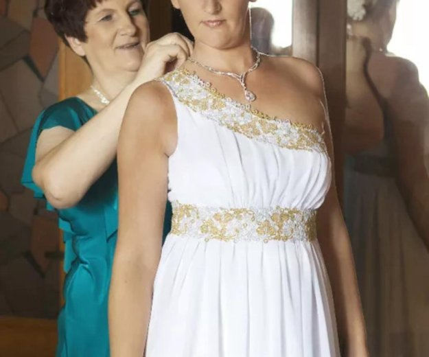 Свадебное платье!фата,перчатки!. Фото 1. Краснодар.