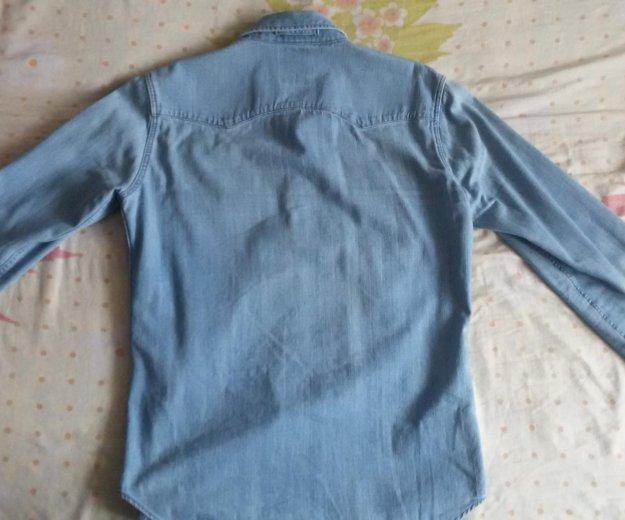 Рубашка джинсовая levi's. Фото 2. Москва.