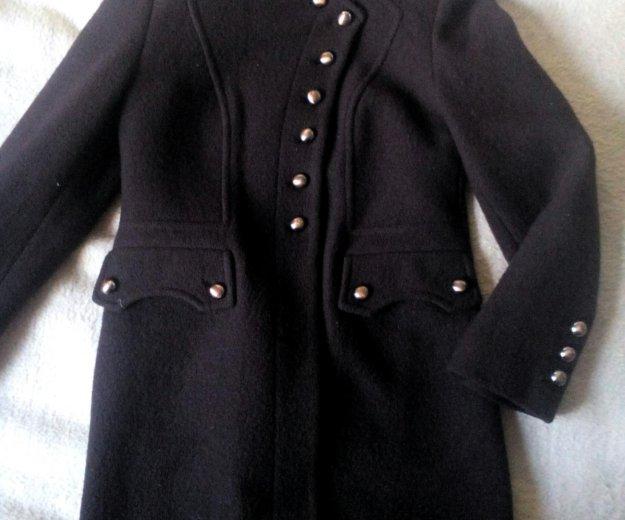 Пальто демисезонное. Фото 1.