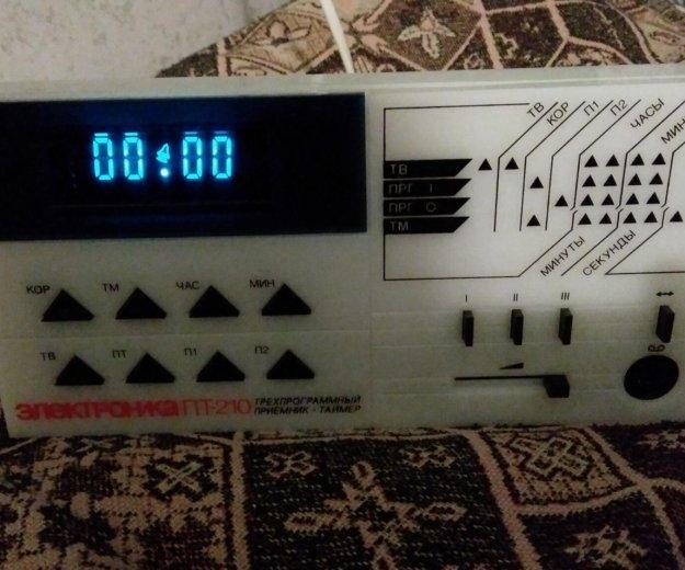 Радио с часами электроника пт-210. Фото 1. Анапа.