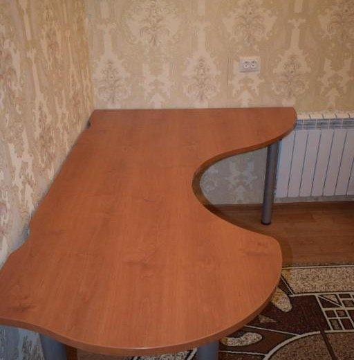 Стол. Фото 2. Серпухов.