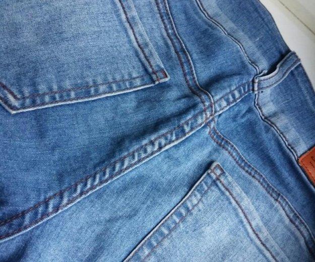 Женские джинсы. Фото 2.