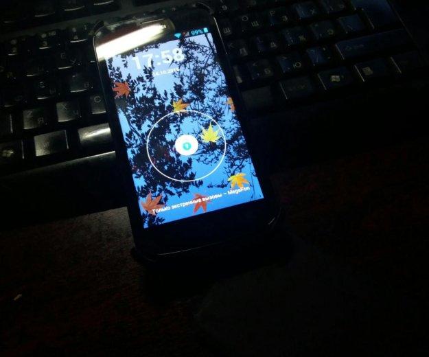 Смартфон huawei y600-u20. Фото 2.