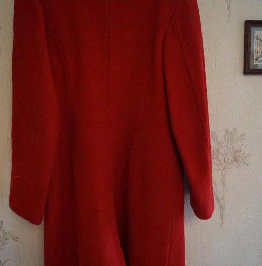 Пальто красное классическое. Фото 2. Волгоград.