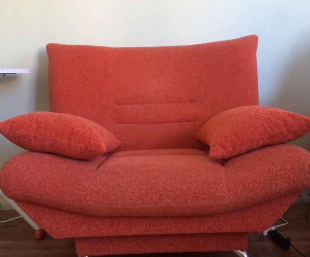 Два дивана и кресло. Фото 1. Москва.