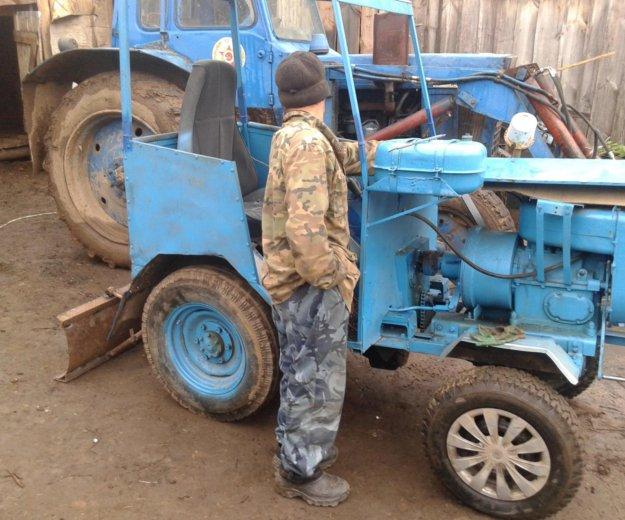 Мини-трактор с навесными оборудованиями. Фото 1. Йошкар-Ола.