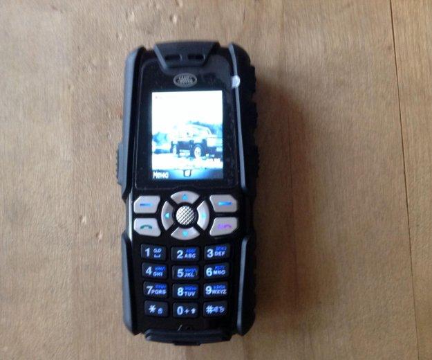 Ударопрочный телефон sonim landrover. Фото 1.