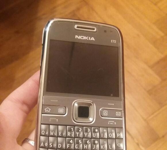 Nokia e72 новый. Фото 2.