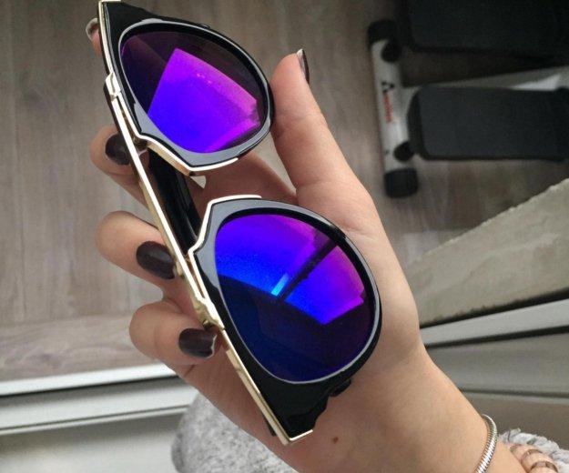 Солнечные очки. Фото 1. Москва.