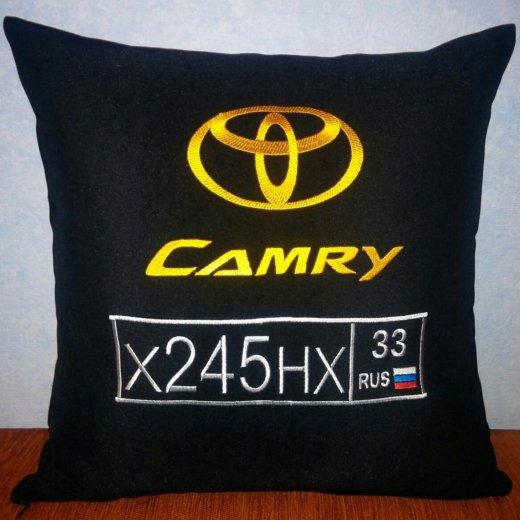Автомобильная подушка с вышивкой. Фото 1. Мытищи.