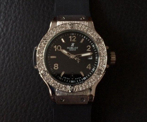 Женские новые часы hublot (цена снижена). Фото 1. Свердловский.
