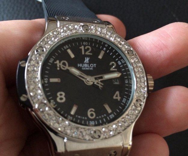 Женские новые часы hublot (цена снижена). Фото 2. Свердловский.