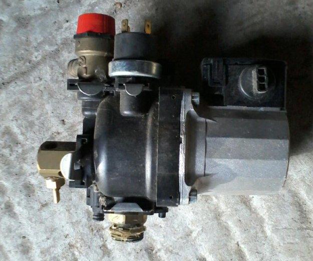 Водяной насос для газ котл фондеталь. Фото 1. Волгодонск.