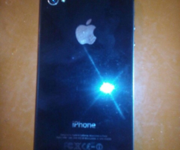 Iphone 4s 8г. Фото 3.
