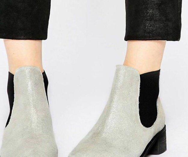 Ботинки замшевые новые. Фото 1. Новосибирск.