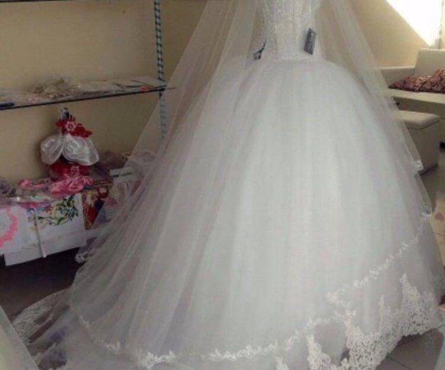 Свадебное платье. Фото 2. Азов.