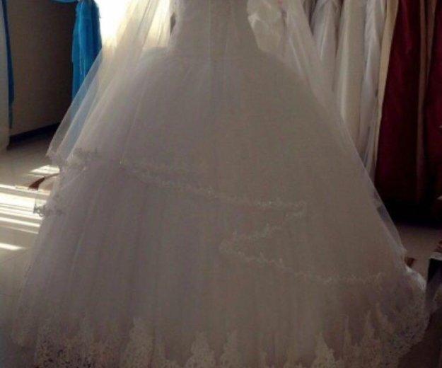 Свадебное платье. Фото 3. Азов.