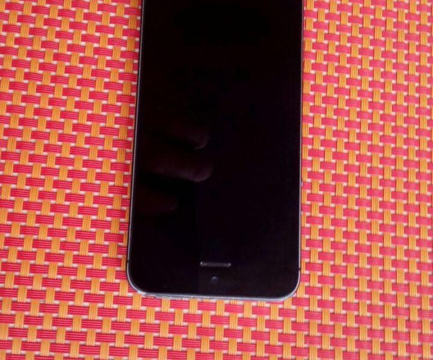 Айфон 5s. Фото 3.
