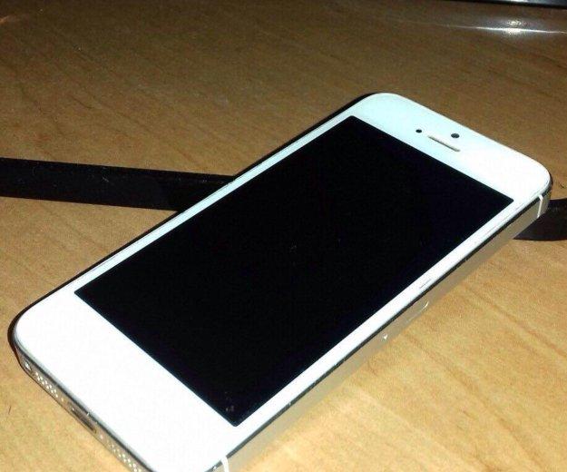 Айфон 5 32 гб. Фото 1.