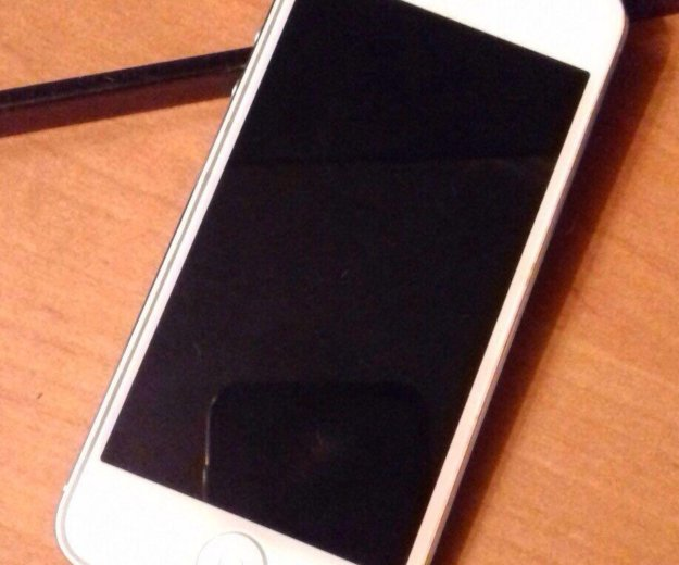 Айфон 5 32 гб. Фото 3.