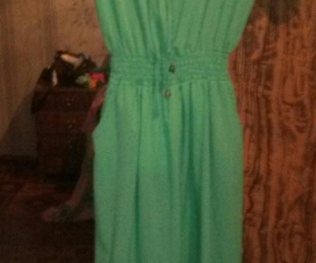 Платье в пол. Фото 1. Ковров.