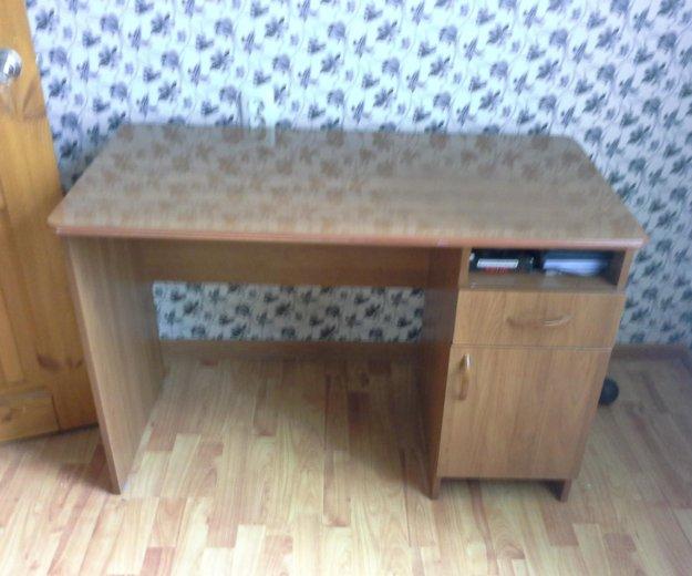 Стол письменный. Фото 1. Березанская.
