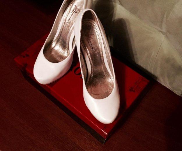 Свадебные туфли 35 размер. Фото 1. Москва.