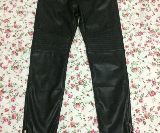 Новые брюки под кожу. Фото 1. Москва.