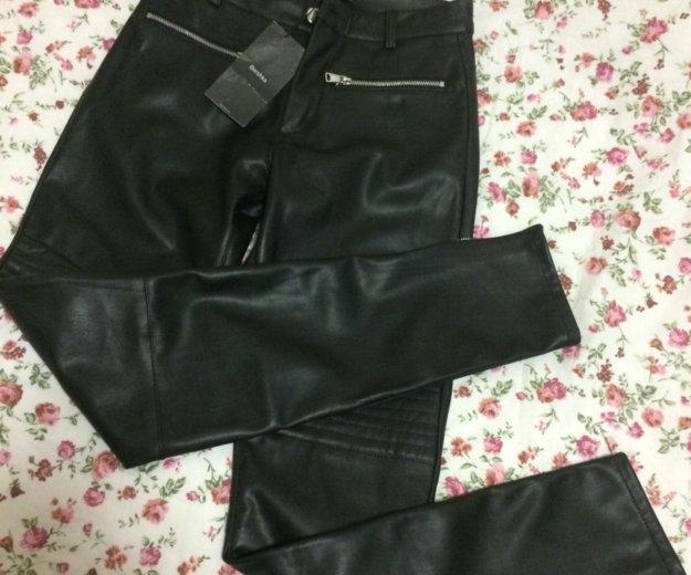 Новые брюки под кожу. Фото 2. Москва.