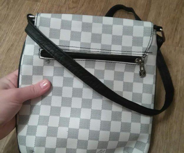 Новая сумка,небольшая. Фото 1. Кировск.