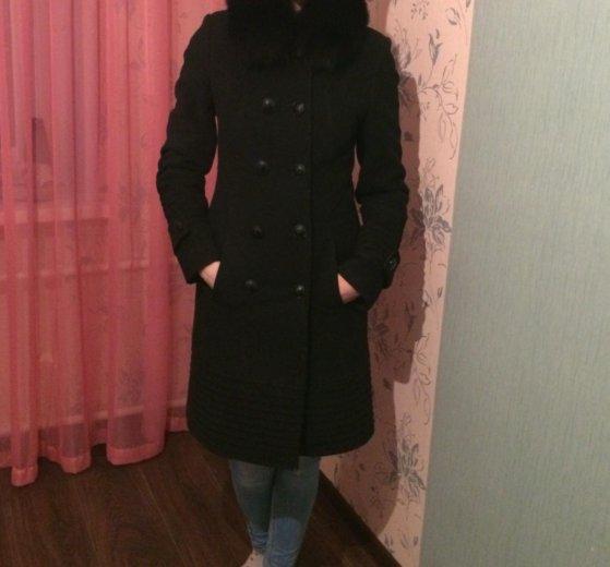 Пальто женское. Фото 1. Псков.