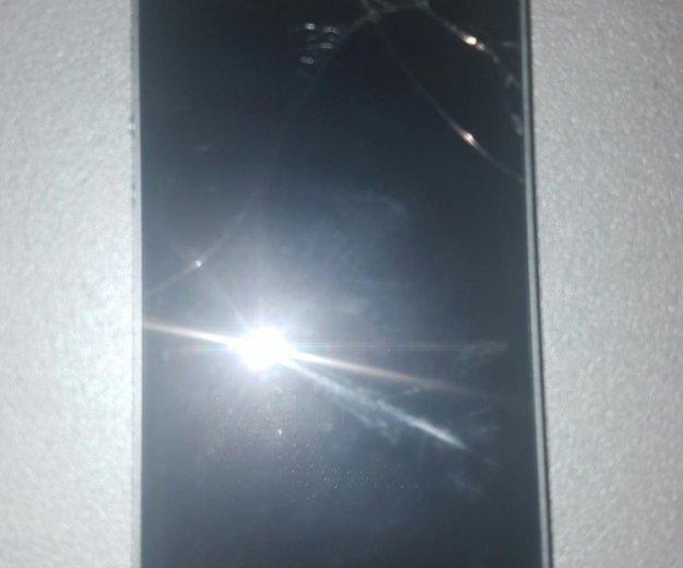 Iphone 5s. Фото 1. Новый Уренгой.