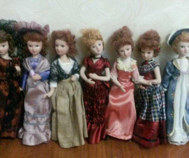 Куклы фарфоровые. Фото 1. Элиста.